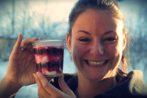 Rezeptidee von Miriam Grolimund: Heidelbeer-Creme mit Showeffekt.