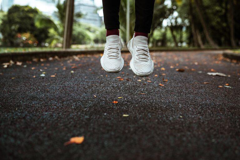 Heute schon gejoggt oder geyogt? Meine 10 goldenen Regeln für gesunden Sport.